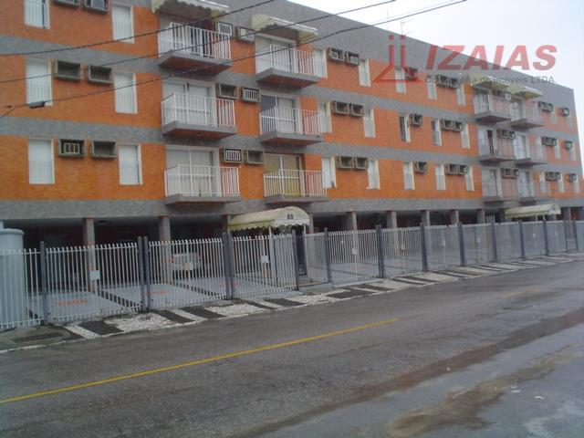 Apartamento residencial para venda e locação anual - - 50 metros do mar