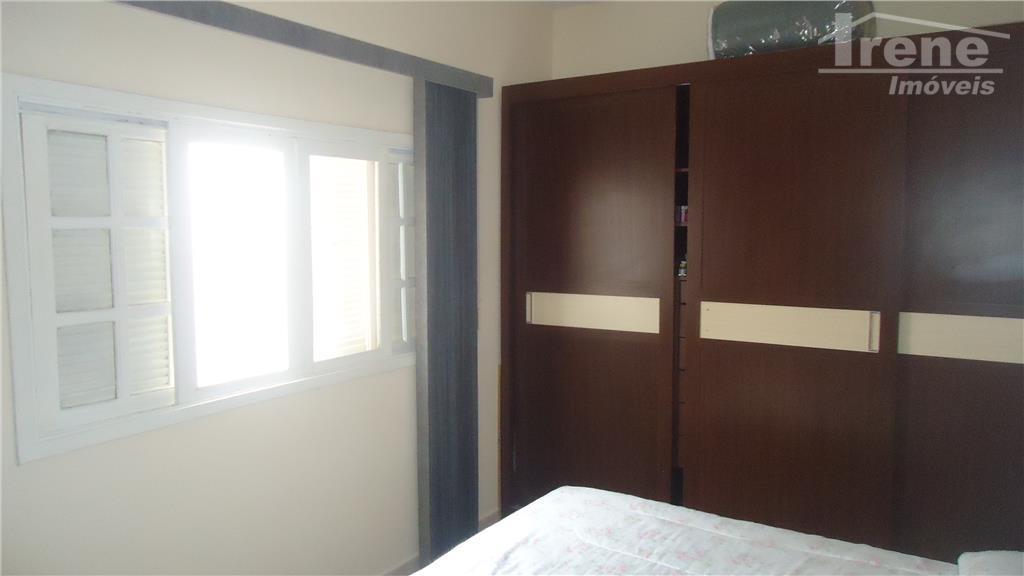 imóvel 02 dormitórios sala 02 ambientescozinha amplabanheiro socialárea de serviço e churrasqueira cobertaquintal amploedícula nos fundos...