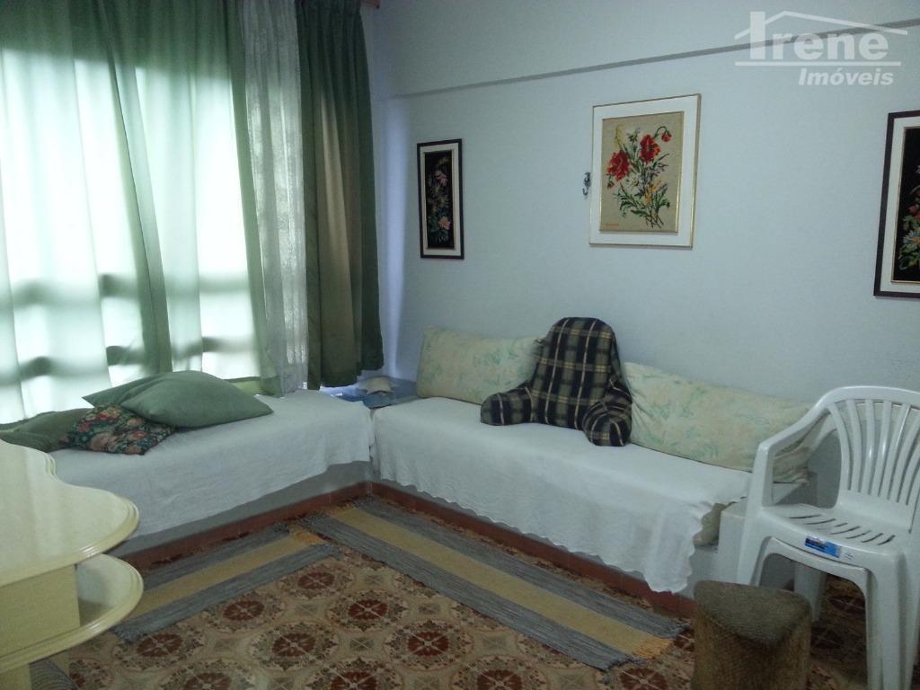 apartamento de frente para o mar.dois dormitóriosandar alto.86 m²lugar privilégiado..com garagem coberta