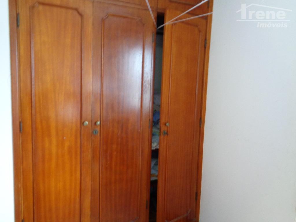 apartamento no centro.90 m² 2 dormitóriosde frente para avenida.1º andar.