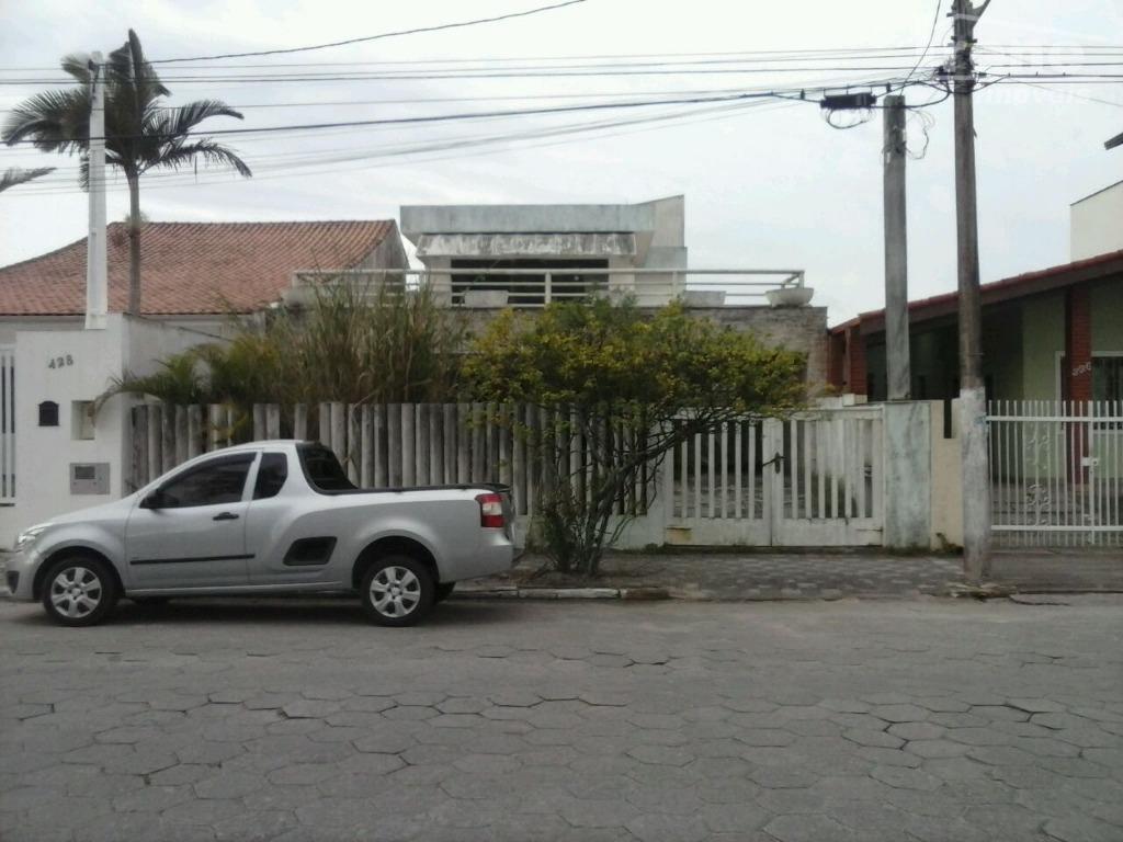 Casa comercial para venda e locação, Centro, Itanhaém.