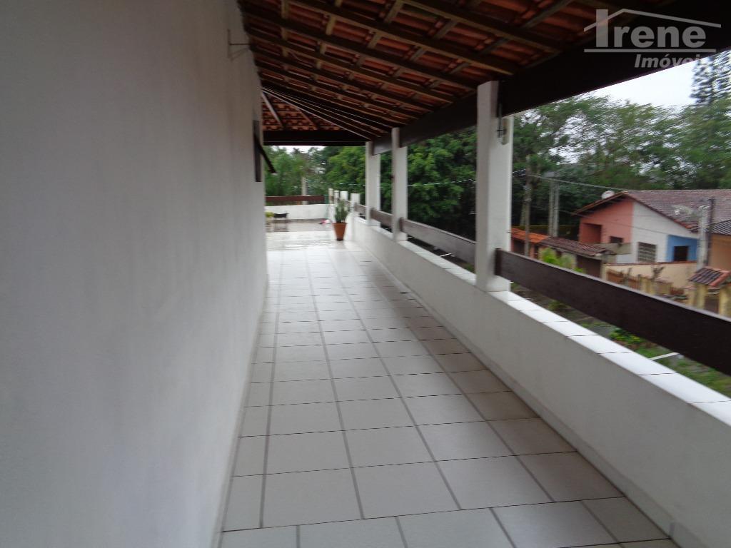 prédio residencial e comercial.área 360 m²408 m² de construçãofrente para pista.esquinavende separado, parte inferior ou superior.