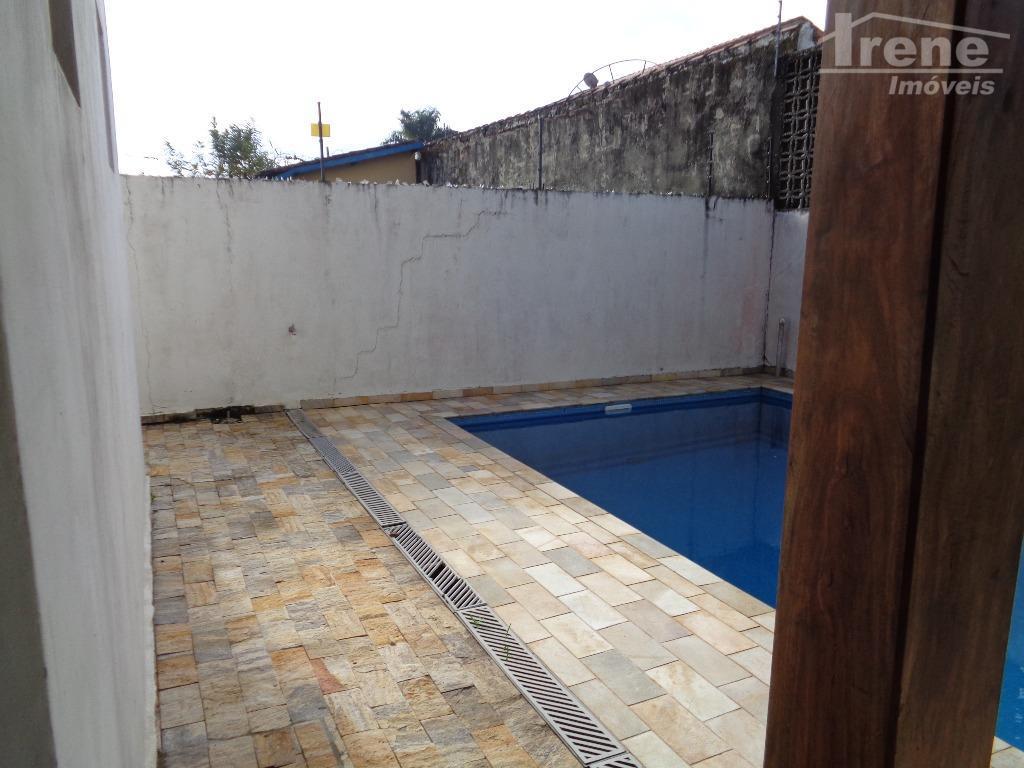 imóvel de alto padrãolugar privilegiado.piscinalugar residencialpróximo do comercioregião valorizada.