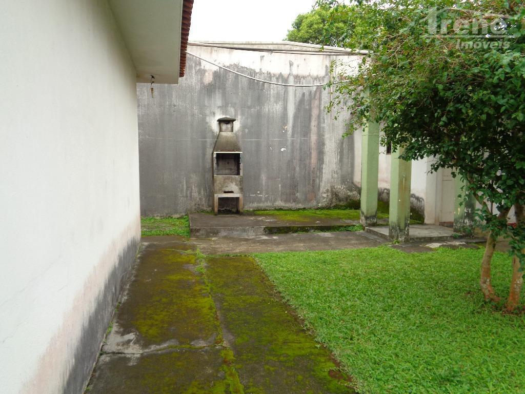 imóvel no centroterreno 312,50 área construída 152,40 excelente para comercio.200 metros da igreja matriz150 metros do...