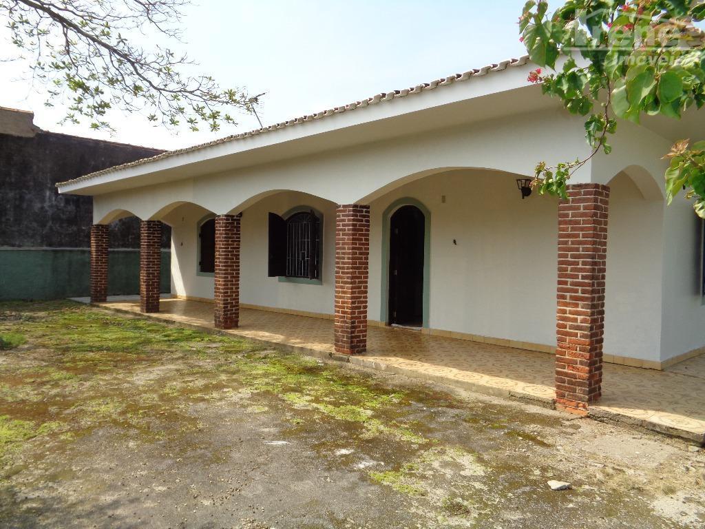 casa próximo do mar suarão