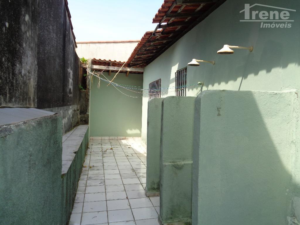 casa terreno inteiro3 dormitorios 1 suitepróximo do marlugar tranquilo