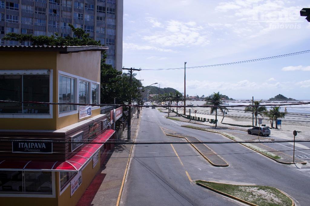 salão comercial de frente para a praia dos sonhos!- estacionamento publico a frente- grande movimento em...