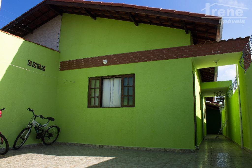 Òtimo imovel em bairro de moradores a 2km do Centro de Itanhaém