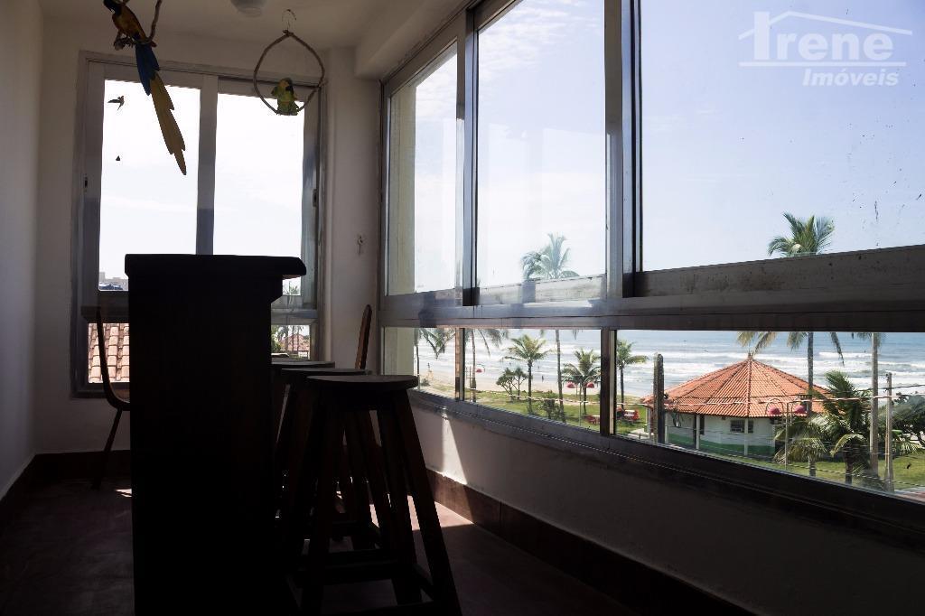 apartamento frente para o mar.