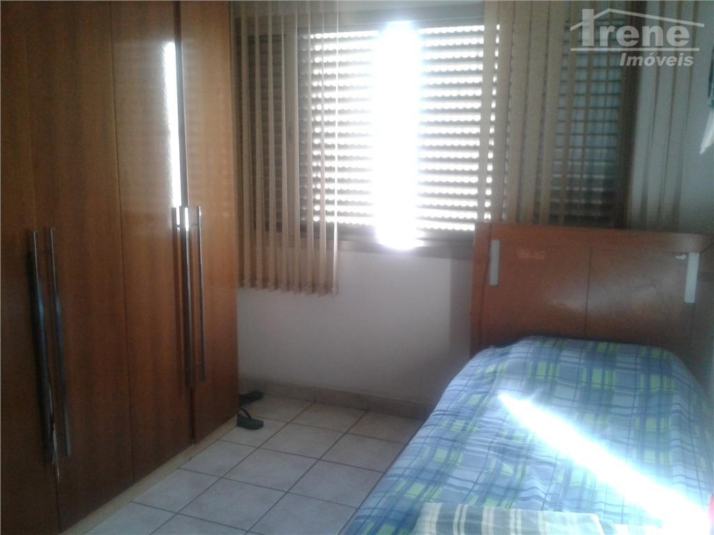 apartamento em ótima localização, 02 dormitórios, 01 salas01 cozinha01 banheiro,lavanderia e garagem para 01 carro. agente...
