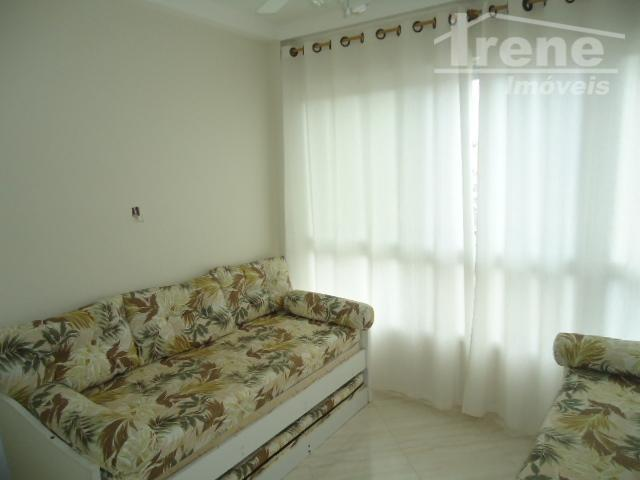 apartamento todo reformado, 02 dormitórios sendo 01 suíte, cozinha, sala de jantar, banheiro social, condomínio com...