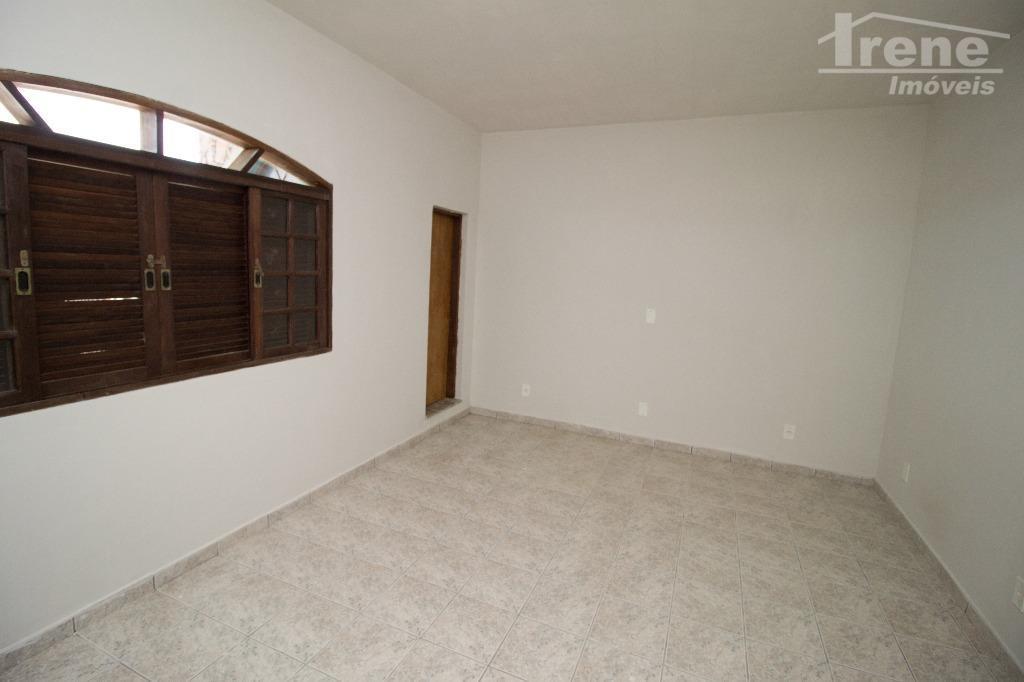 ótimo apartamento para locação localizado no tupy lado praia.com amplos cômodos, este apartamento atende a todas...