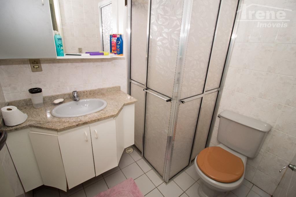 no centro de itanhaém venha conhecer esse apartamento bem localizado 02 dormitórios sendo 01 suite sala...