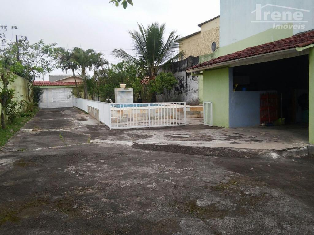 casa com piscina, lado praia.03 dormitórios03 banheirossala, cozinha, área de serviço, piscina, árvores frutíferas, garagem para...