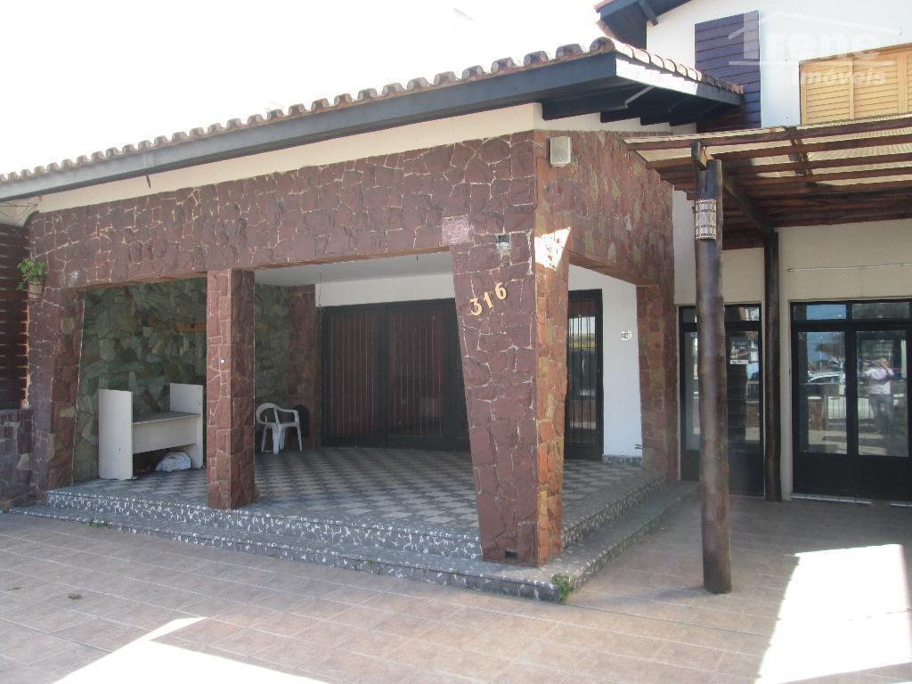 Casa comercial para locação, Centro, Itanhaém.