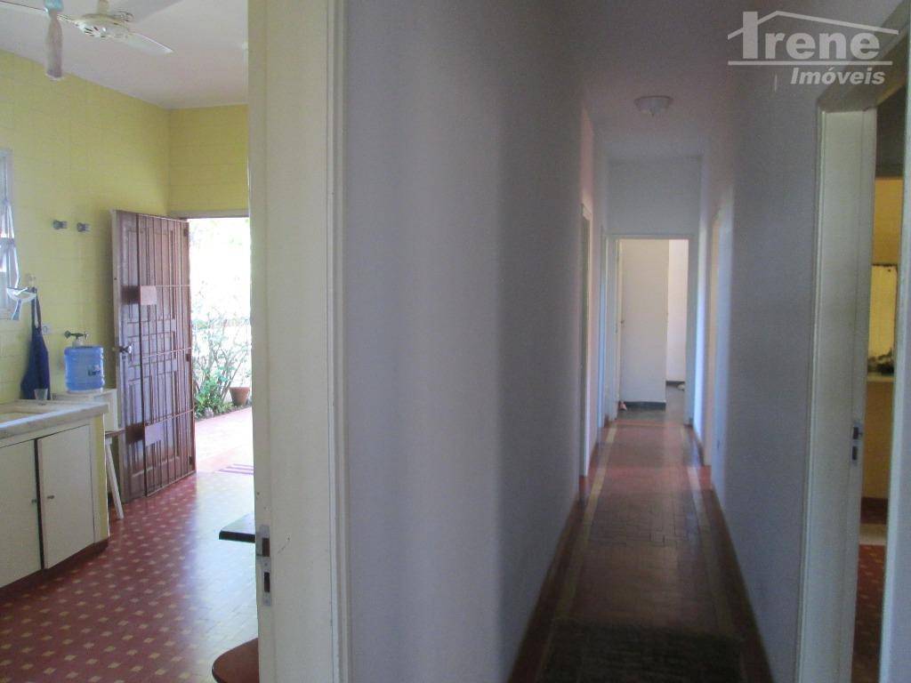 """""""""""casa residencial em ótima localização""""""""casa muito bem construída, sólida, sem rachaduras, possuindo 03 dormitórios, sendo uma..."""