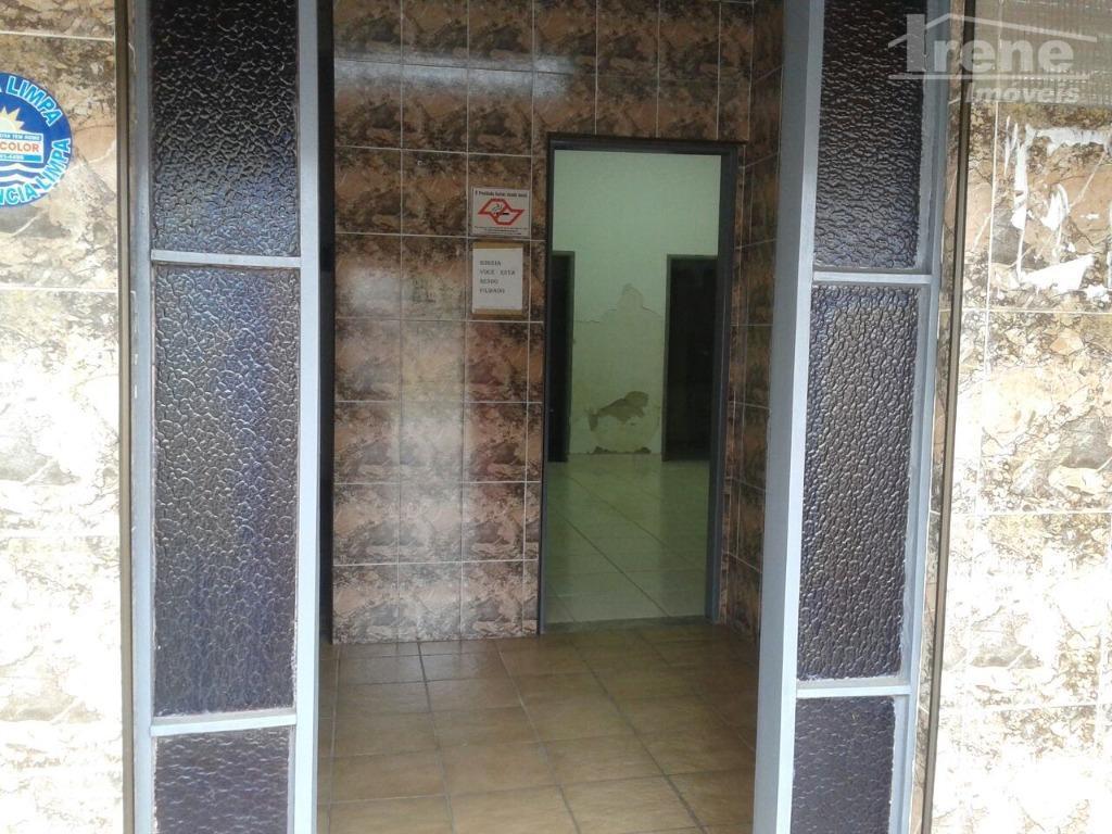 salão na avenida principal na praia dos sonhossala para recepção e salão principal, conta também com...