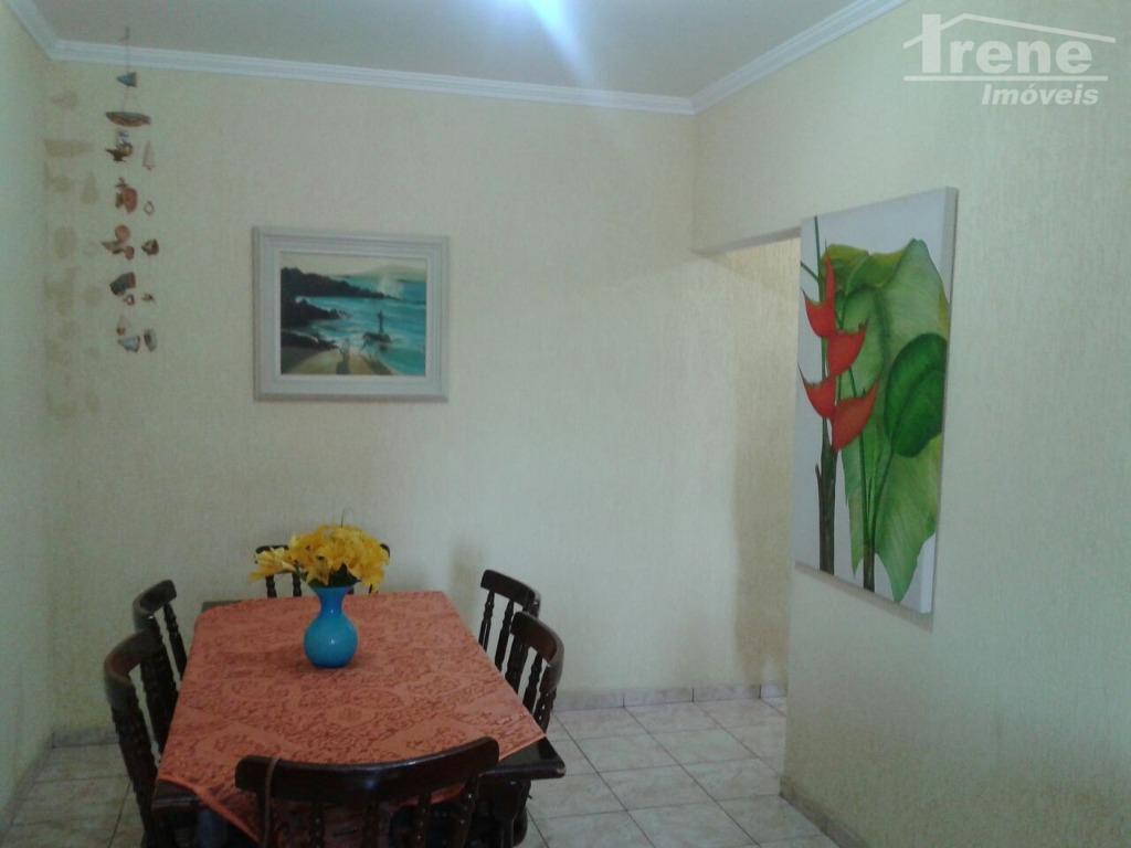 apartamento com dois quartos, sala dois ambientes, banheiro social, cozinha independente lavanderia, vaga de garagem coberta.mobiliado...
