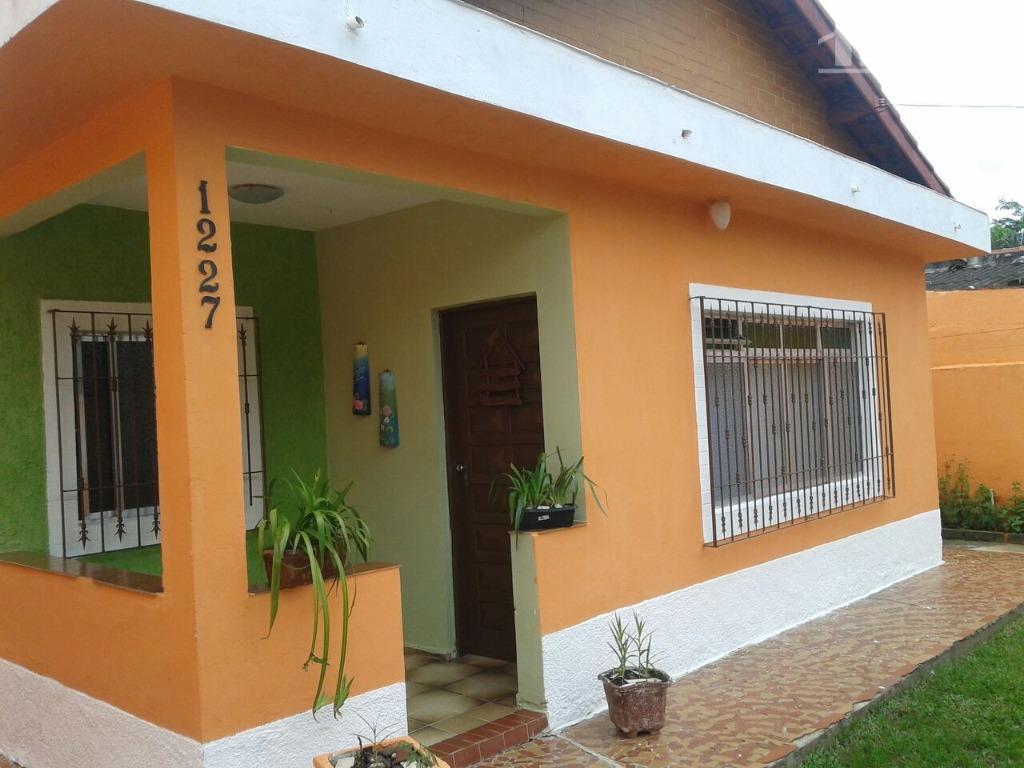Casa ampla e aconchegante em local residencial