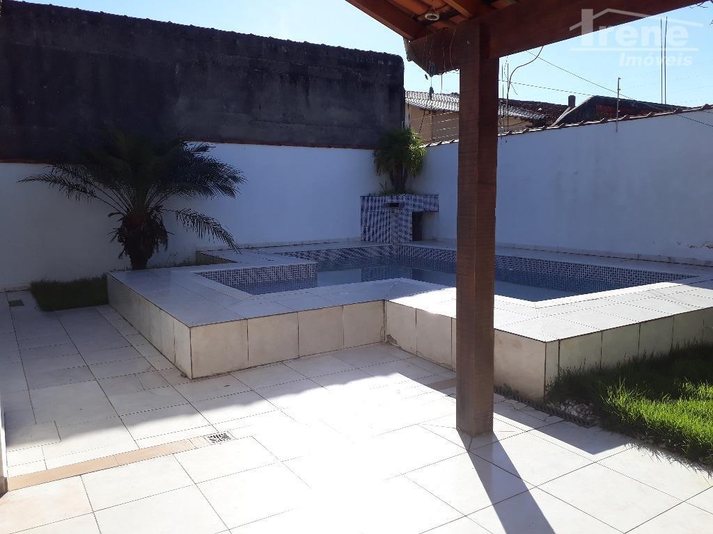 piscinacarca elétricaportão eletrônicochurrasqueiraterreno 300 m²próximo do mar