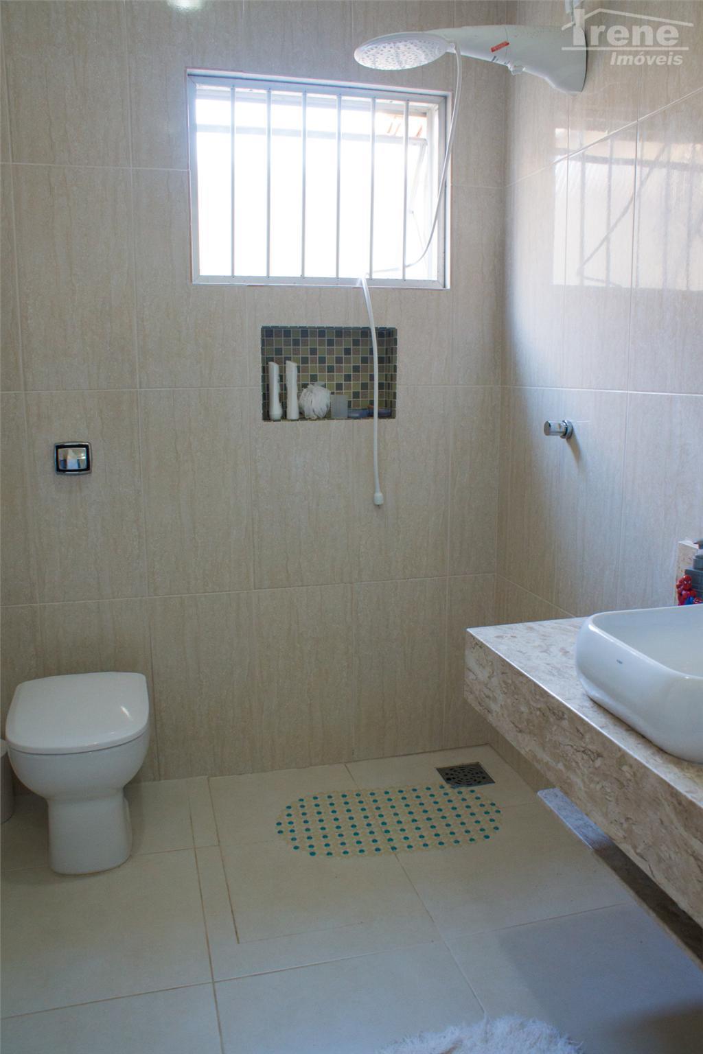 casa no cibratel reformada recentemente,com tudo de primeira 03 dormitórios, sendo 1 suite , sala para...
