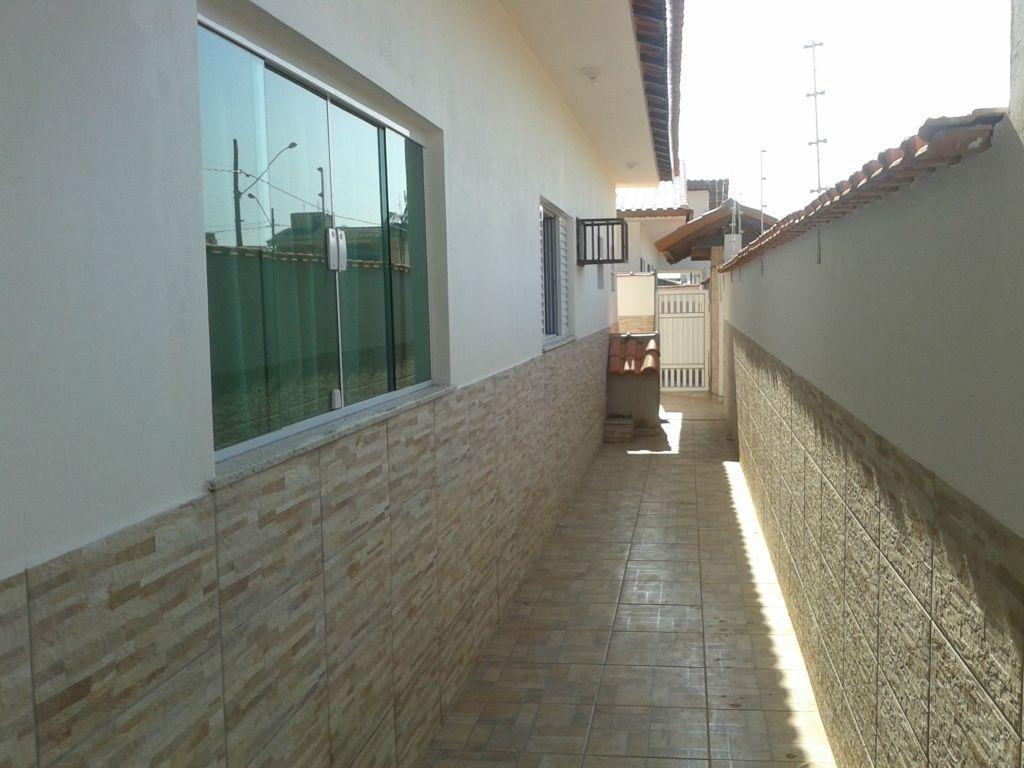 imóvel em fase final de construção, 3 dormitórios (sendo 2 suítes), hidromassagem, sala, cozinha, banheiro social,...