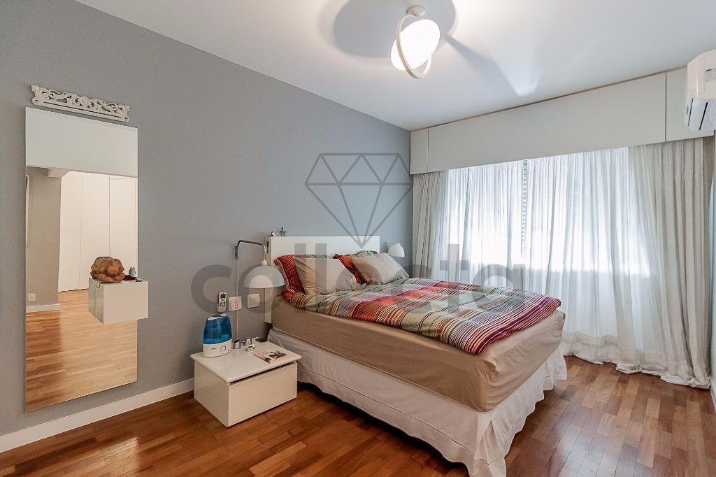 charmoso, ensolarado e espaçoso... com duas suítes e ambientes muito generosos, este apartamento traduz o conceito...