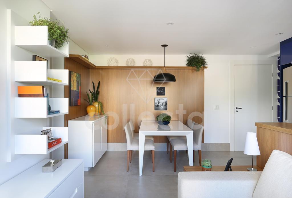uma reforma impecável, com marcenaria que aproveita cada pedacinho do apartamento, em um edifício lindo e...