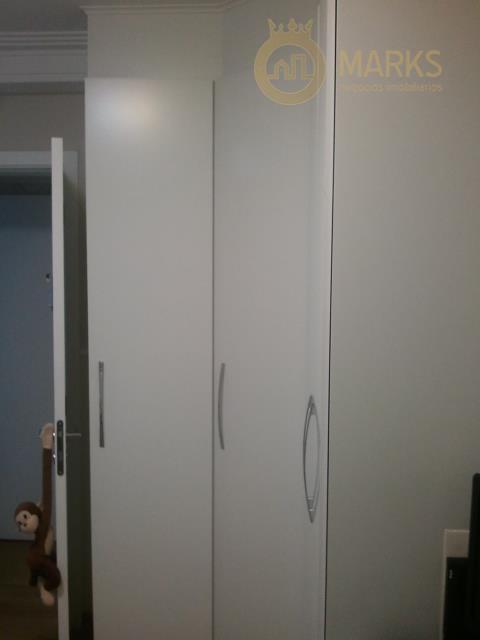 excelente apartamento em condomínio clube, lazer incrível e com assessoria esportiva para várias atividades, sala ampla...
