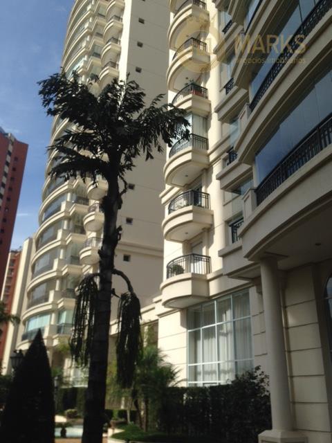 Excelente apartamento alto padrão na Chácara Klabin, andar alto com sol e vista