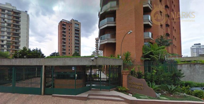 localizado no miolo da chácara klabin em rua bem arborizada e tranquila.lazer com churrasqueira, jardim, piscina,...