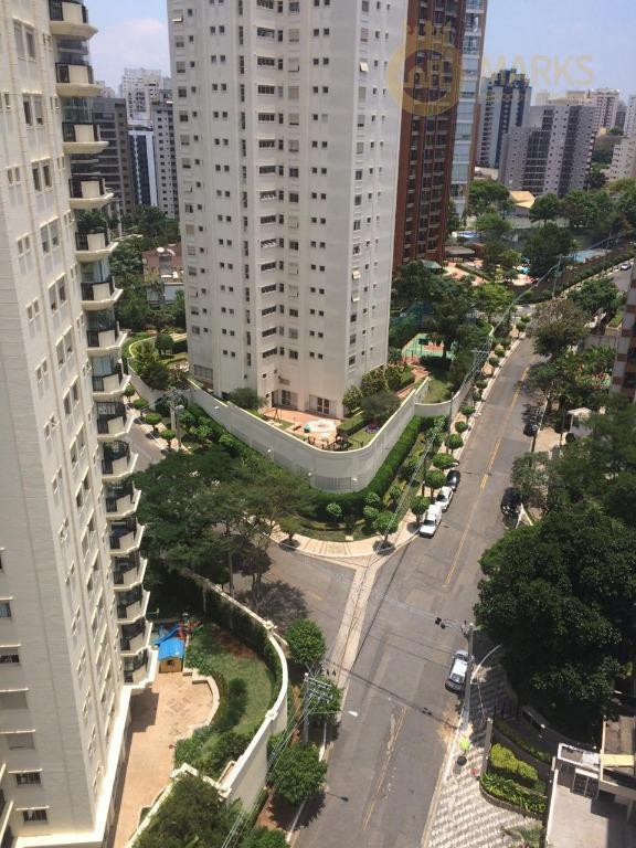 excelente apartamento andar alto com vista e sol, bem localizado no miolo da chácara klabin, com...