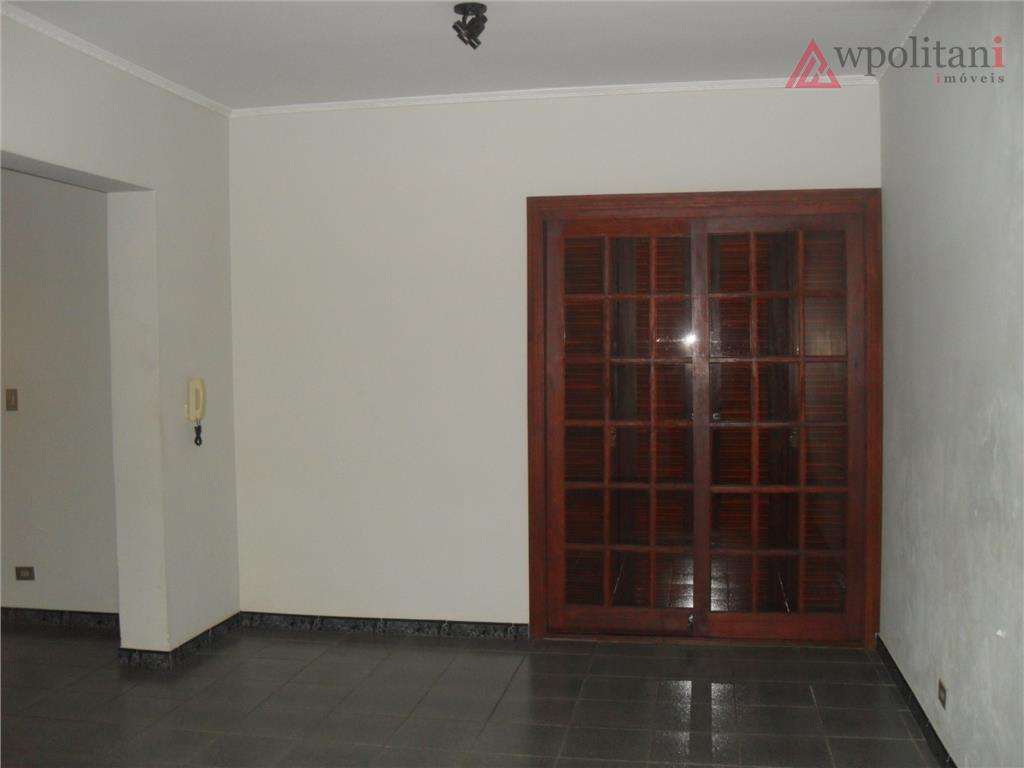 linda casa assobradada com 388 m² ac, em terreno de 300 m²; contendo 06 dorms, sendo...