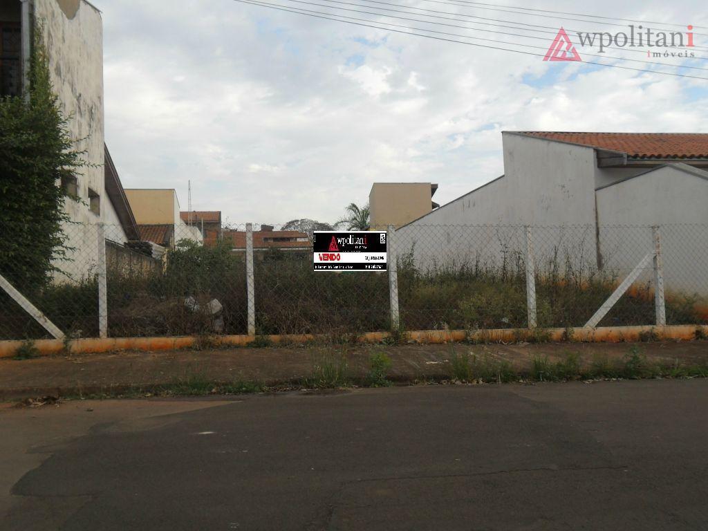 ótimo terreno em excelente localização no bairro, 360 m², cercado, casas nas laterais, pronto para construção....