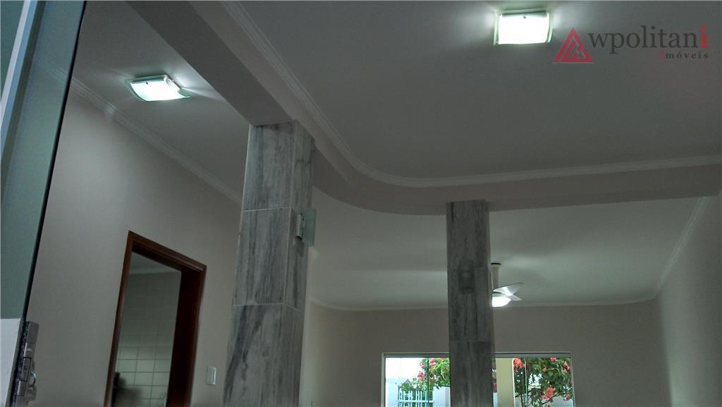 ótimo casa térrea, 197 m² ac em terreno de 300 m² excelente localização, contendo 4 dorm.,...
