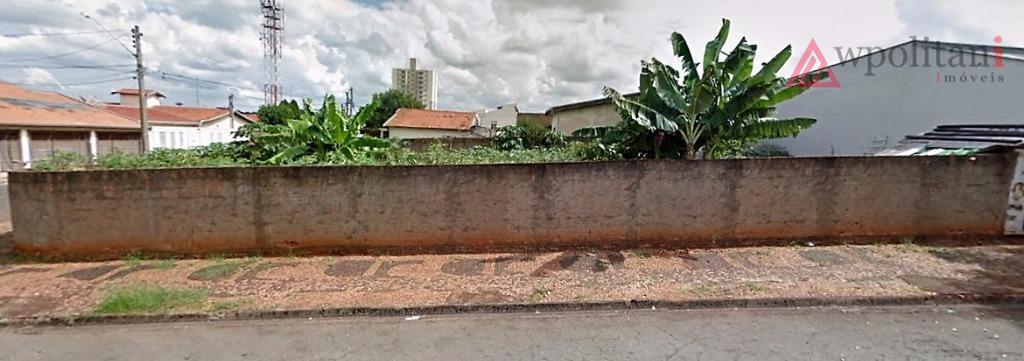 ótimo terreno de esquina com 323,10 m² em excelente localização na vila brasil.