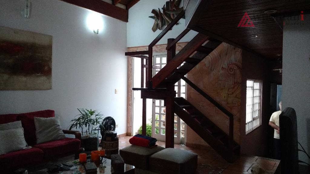 jd. boa vista - ótima casa térrea, bem planejada, 03 dormitórios, suíte, 3 salas, escritório no...