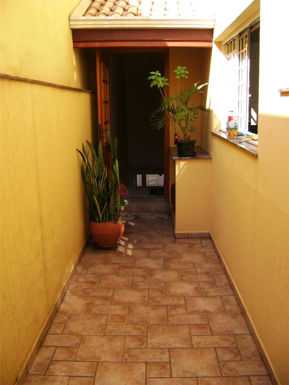 casa ampla térrea com ótima localização, alto padrão construtivo, com projeto assinado por casarini e paulo...