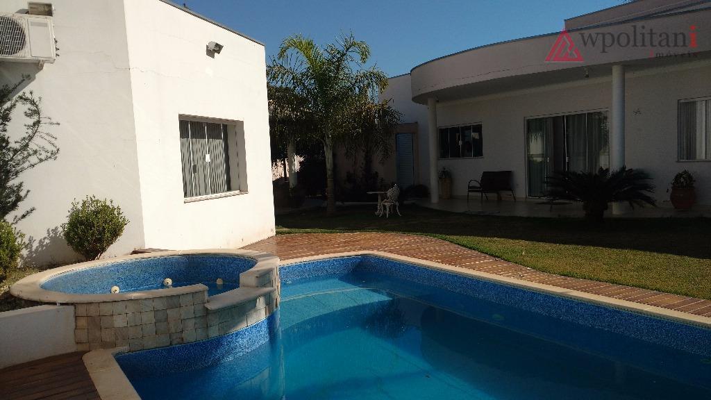 jd. flamboyant - linda casa térrea em terreno duplo, arquitetura atual, acabamento de primeira, ambientes amplos,...