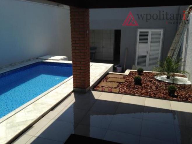 centro de sbo - imóvel com piscina, churrasqueira, cozinha (completa com armários, coifa, cooktop e forno...