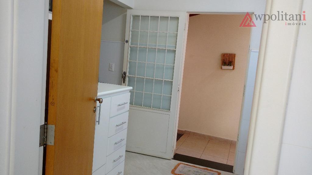 jd. américa - clássica e aconchegante casa, em dois pavimentos, muito bem dividida, com ambientes integrados,...