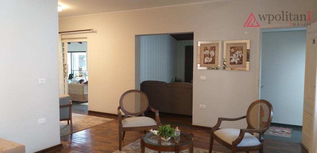 vila boldrin - sinta-se numa chácara elegante, atemporal e aconchegante, com ambientes integrados e bem planejados....
