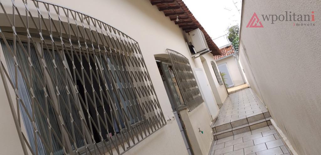 vila mac knight - ampla casa na região central, em terreno de 400,00 m², bem dividida,...