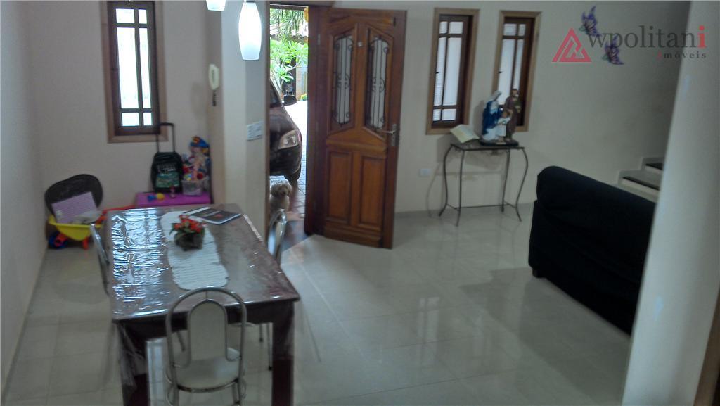 ótimo casa com 161 m² ac em terreno de 350 m² em região central, contendo 3...