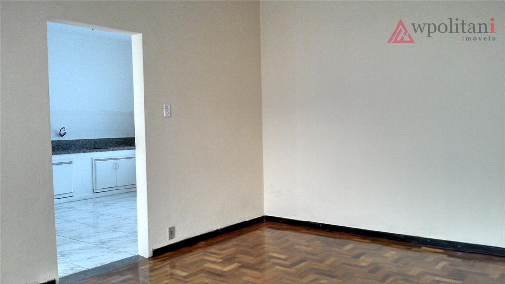 ótima estrutura na parte central em rua de grande movimentação, contendo no piso térreo uma recepção/garagem,...