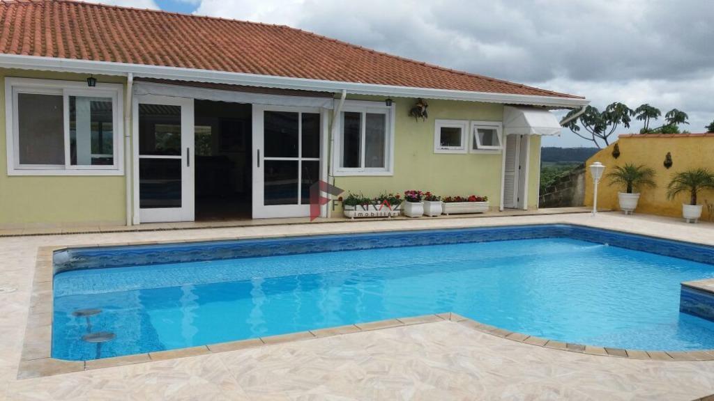 Casa à venda - Interlagos Sul - Embu-Guaçu.