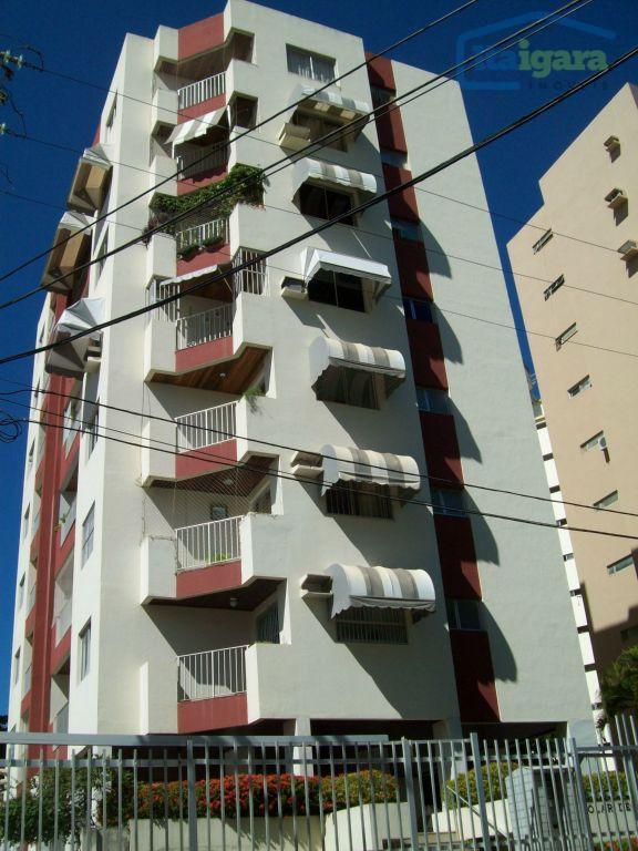 Apartamento com 2 dormitórios para alugar, 95 m² por R$ 900/mês - Costa Azul - Salvador/BA