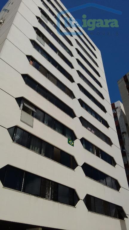 Apartamento  residencial à venda, Itaigara, Salvador.