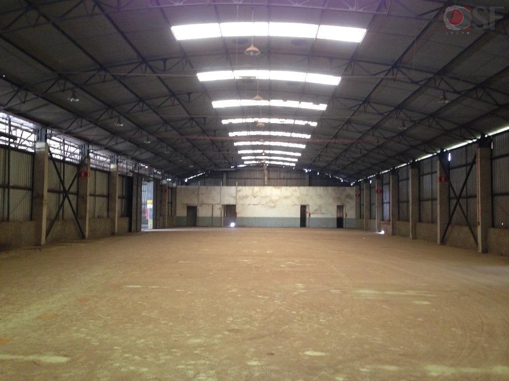 Terminal de carga - Barracão