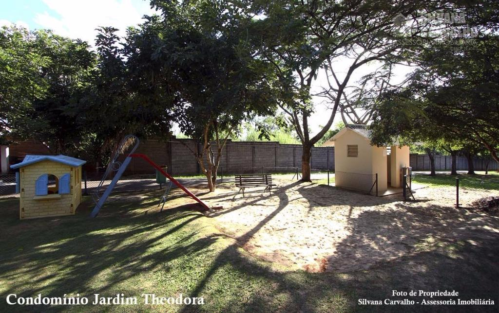 casa térrea, com piscina, churrasqueira e 4 suítes, proprietário estuda permuta por imóveis de menor valor.agende...